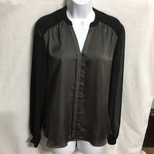 Kenneth Cole Chiffon/Satiny Blouse 🎖HP🎖